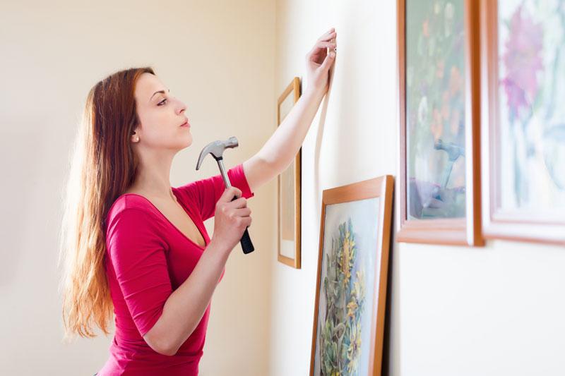 Kako rasporediti slike na zidu  Srećna Žena
